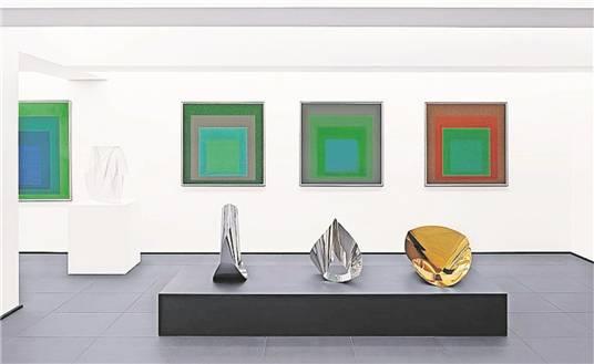 Kompositionen des Konstruktivismus: Arbeiten von Albers, Gabo, Bill.