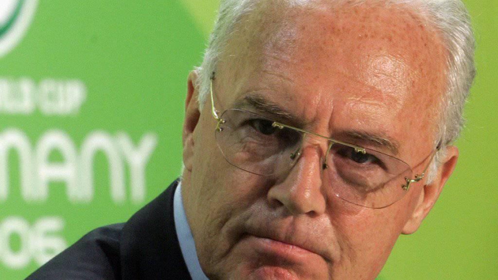 Franz Beckenbauer spielt den Unwissenden