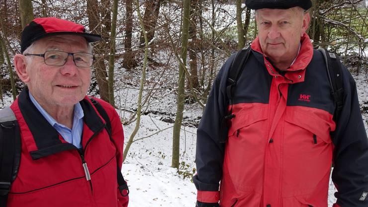 Die beiden abtretenden Urdorfer Wanderleiter Richi Kägi (links) und Edi Gubler haben Tausende von Urdorfer Wandervögeln beglückt