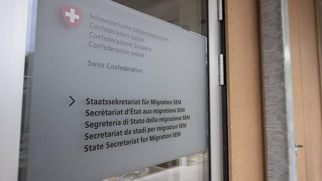 Zahl der Asylgesuche bricht wegen strengem Grenzregime ein
