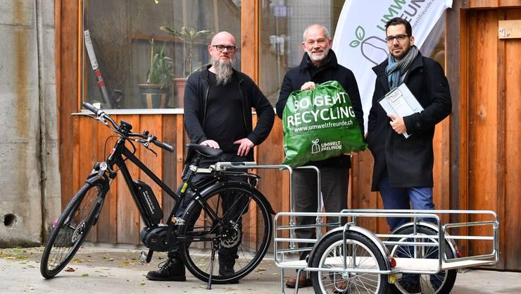 Treibende Kräfte: von links Christoph Hess, Reno Sami (beide Suchthilfe Ost GmbH) und Beni Brennwald (Grundlagenwerk).