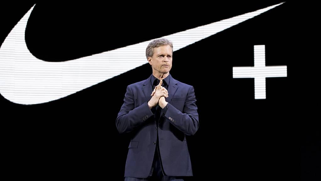 Der Konzernchef von Nike, Mark Parker, gibt seinen Posten ab und wird im Verwaltungsrat des Unternehmens tätig sein. (Archivbild)