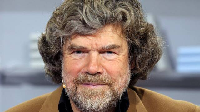 Reinhold Messner kritisiert den Massentourismus in den Bergen (Archiv)