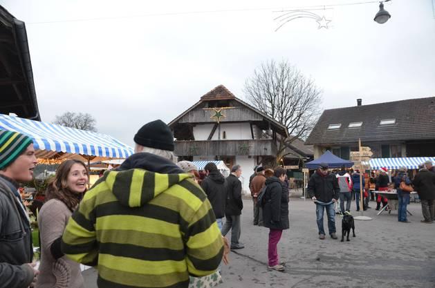Familiäre Atmosphäre und hochwertige Produkte lockten am Samstag zahlreiche Marktbesucher nach Eppenberg