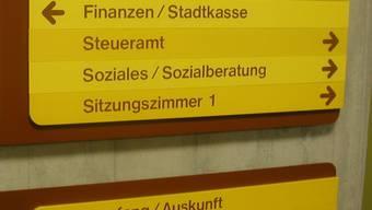 Die Zahl der Sozialhilfefälle stieg in Schlieren 2009 um 6,2 Prozent gegenüber 2008 – allerdings stieg auch die Bevölkerung massiv an.  (jk)