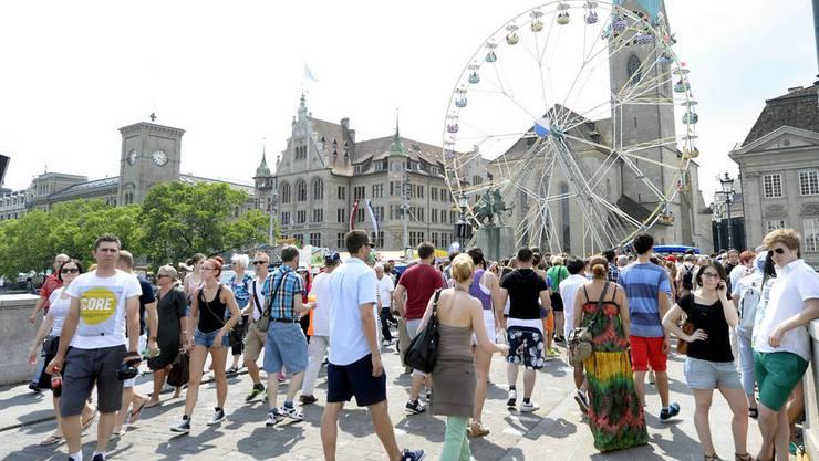 2,3 Millionen Besucher genossen das Züri Fäscht 2013 meist friedlich