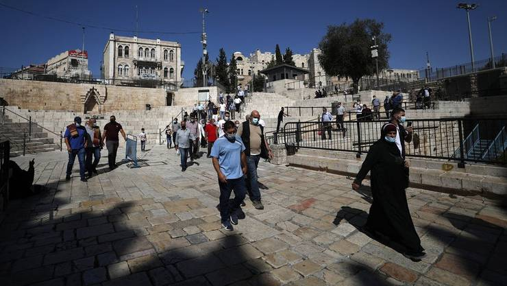 Israel scheint die zweite Welle überstanden zu haben, die Massnahmen werden jetzt wieder gelockert. (Bild: Keystone)