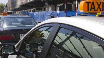 Die Genfer Taxibranche reichte am Dienstag einen Antrag auf eine einstweilige, dringliche Verfügung ein.