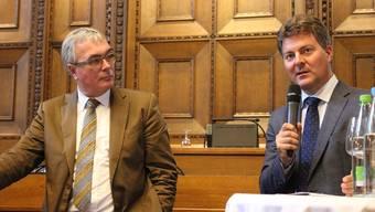 Regierungsrat Christoph Brutschin mit dem aus Villingen-Schwenningen stammenden Andreas Schwab (rechts).
