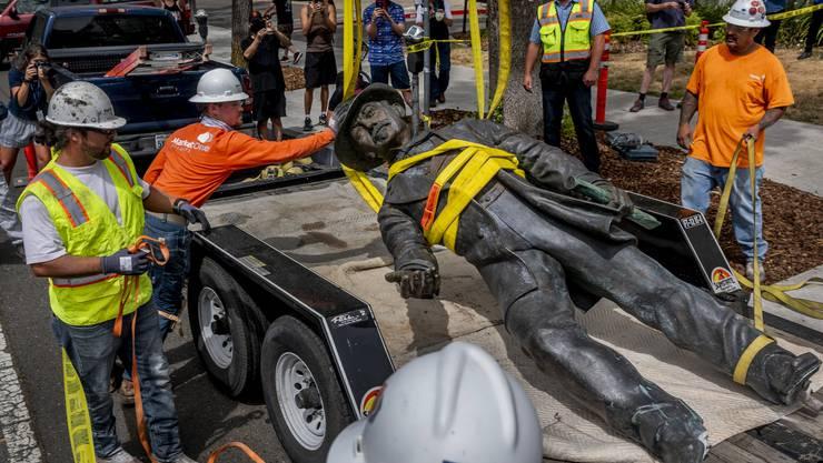 Am Montag liess das Sacramento Sutter Hospital die Statue entfernen, die Baselland 1987 mitfinanziert hatte.