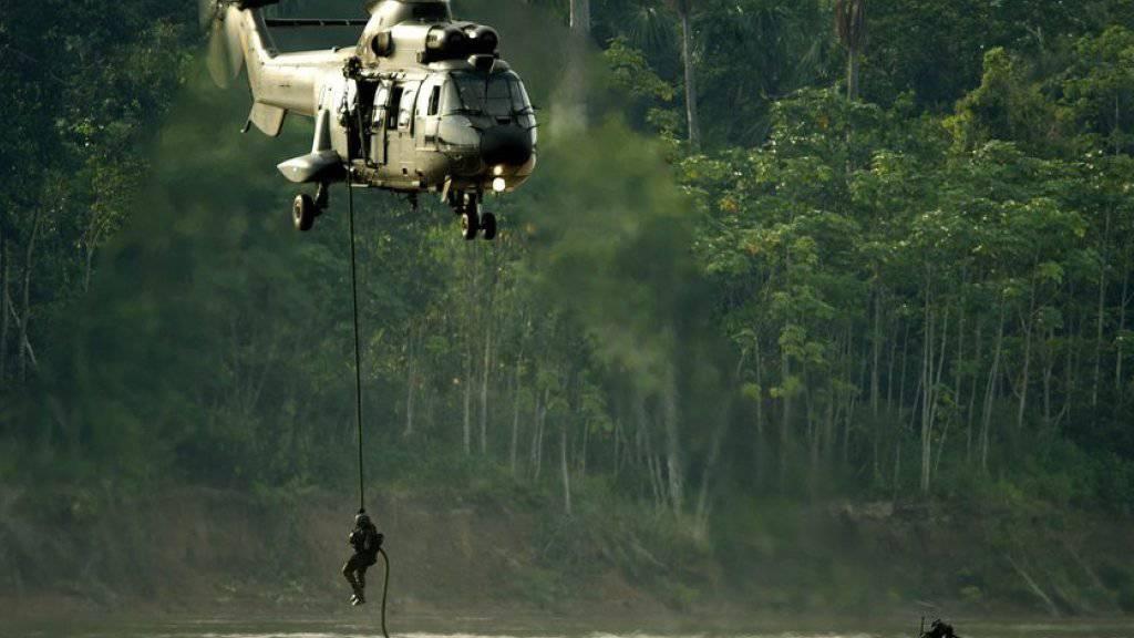 Brasilien will den Grenzschutz zu Kolumbien verstärken, damit weniger Waffen aus dem Nachbarland geschmuggelt werden können. (Archivbild brasilianisch-kolumbianische Grenze)