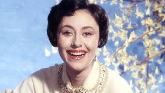 """Caterina Valente 1958 im Musikfilm """"Hier bin ich, hier bleib ich""""."""