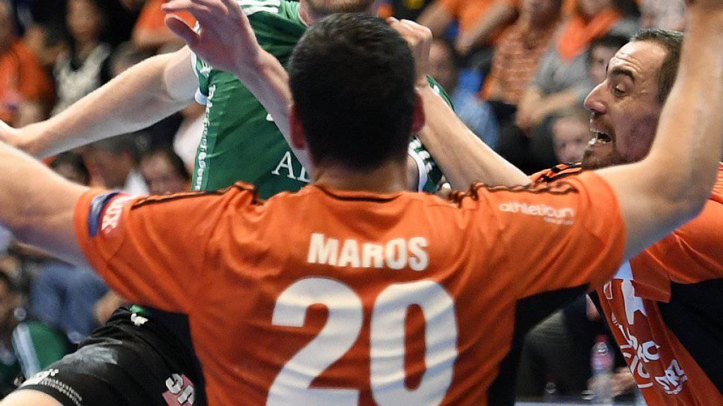 Der Cup-Halbfinal zwischen den Kadetten Schaffhausen (orange) und Wacker Thun verspricht Spannung