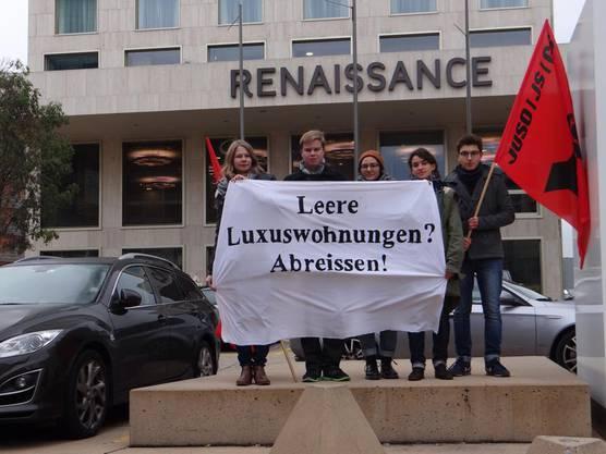 Bereits im Oktober 2014 protestierte die JUSO die Gentrifizierung in der Stadt Zürich.