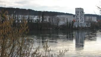 Die erste Etappe der Überbauung Salmenpark wird im Sommer fertig. Westlich davon (rechts) sollen vier weitere Gebäude folgen.