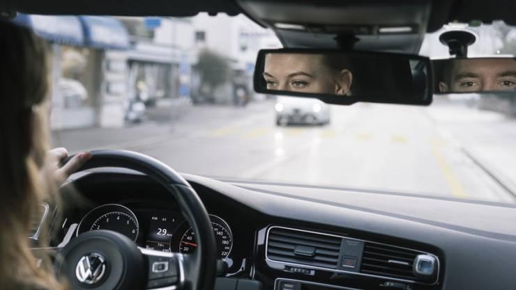 Vorsichtiges Fahren soll belohnt werden, findet die BFU. (Symbolbild)