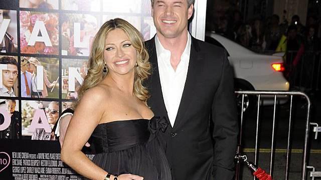 Eric Dane mit seiner hochchwangeren Frau Rebecca Gayheart (Archiv)