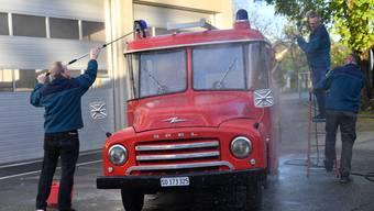 Feuerwehrverein Floriansbrüder Dulliken hegen ihren alten Opel Blitz