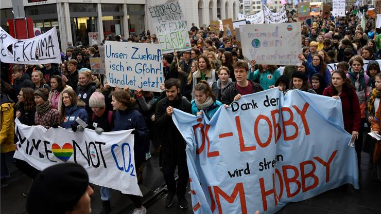 Klimademonstrationen finden seit Wochen überall in der Schweiz statt.