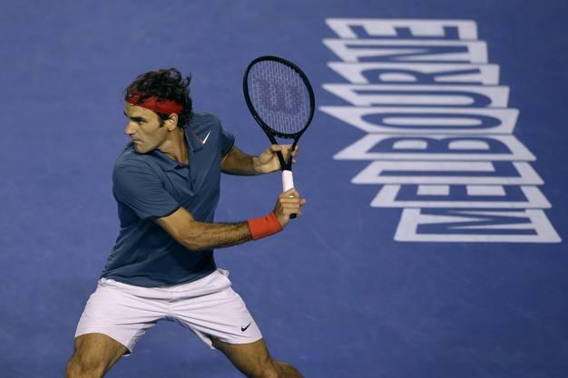 Roger Federer lässt Jo-Wilfried Tsonga am Australian Open keine Chance. Er siegt 6:3, 7:5, 6:4.