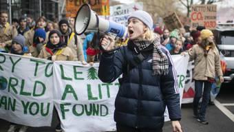 Der Druck der Schülerstreiks zeigt Wirkung. Basel hat den Klimanotstand ausgerufen.