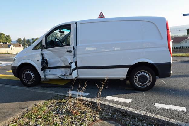 Auf der Kreuzung in Mosen sind ein Lieferwagen und ein Personenwagen kollidiert.