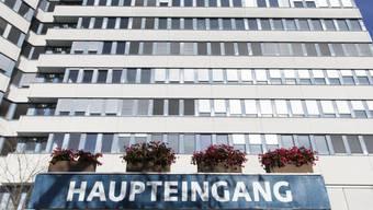 Ende Oktober entschied die Stadt Bern, dem Bund das Zieglerspital als Bundes-Asylzentrum zur Verfügung zu stellen. Mitte 2016 sollen ins mehrstöckige Gebäude 350 Asylsuchende einziehen.