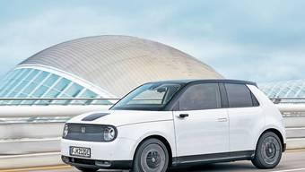 Honda präsentiert seinen ersten rein elektrischen Kleinwagen.