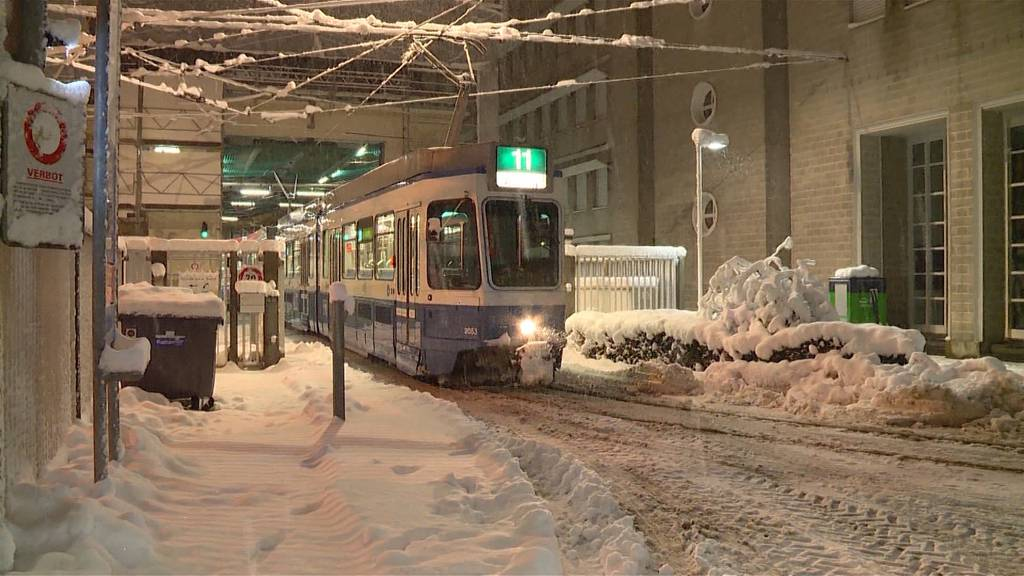 Busse und Trams stehen still - VBZ-Betrieb weiter eingestellt