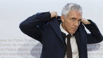 Der Schweizer Bundesanwalt Michael Lauber steht in der Kritik, seit er sich mit Fifa-Chef Gianni Infantino mehrfach geheim getroffen hat.