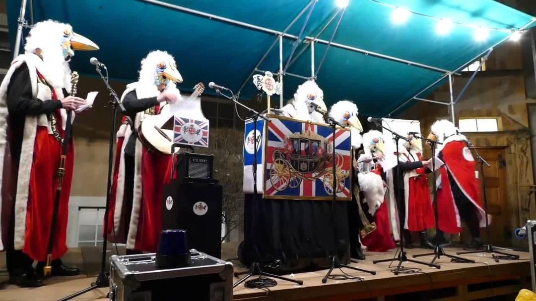 «Mir heid Queen und dir der Kurt»: Schnitzelbankgruppe Stedtlischiiisser am Höflisingen 2019 mit dem Brexit als Thema