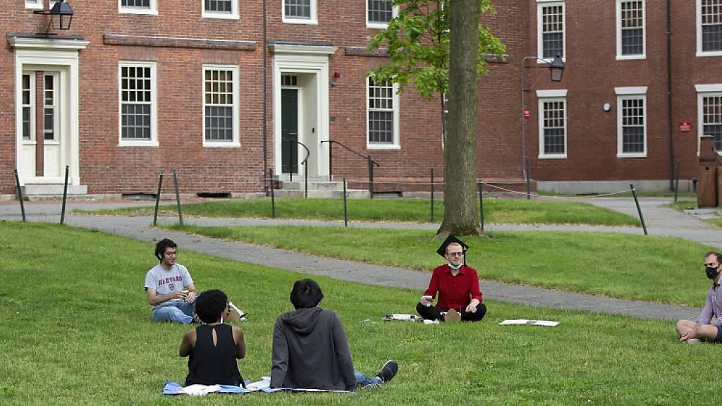 US-Regierung nimmt Ausweisungsdrohung gegen Studenten zurück