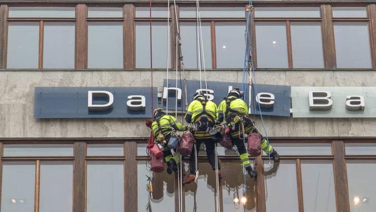 Dänemarks grösstes Kreditinstitut Danske Bank steht im Zentrum eines mutmasslichen riesigen Geldwäschereiskandals mit einem möglichen Umfang von bis zu 200 Milliarden Euro. (Archivbild)