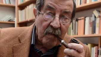 Günter Grass ist für eine Untersuchung im Spital (Archiv)