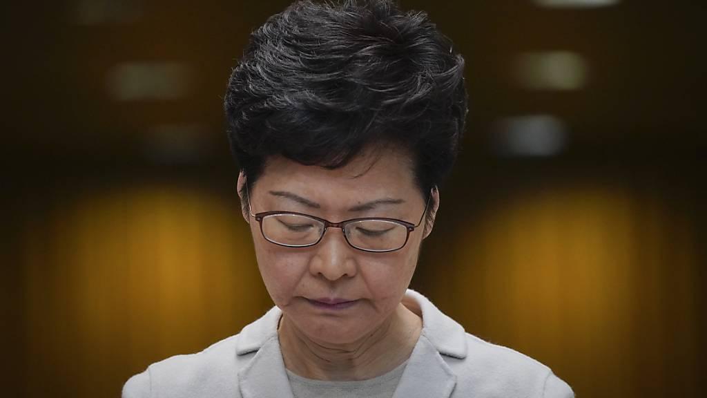Hongkongs Regierungschefin macht keine Zugeständnisse