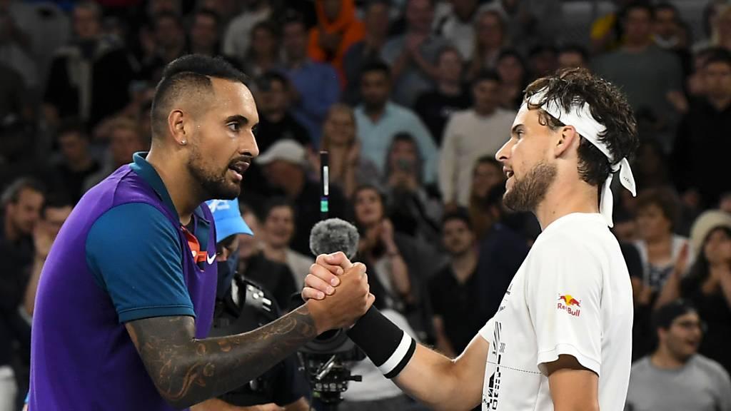 Angeschlagener Djokovic und Thiem siegen erst in fünf Sätzen