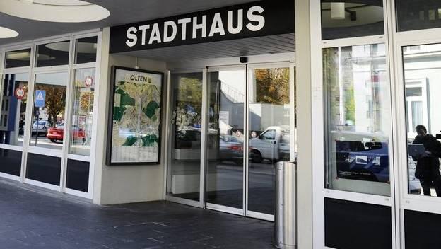 Eingang zum Stadthaus Olten: Hier befindet sich die Stadtverwaltung.