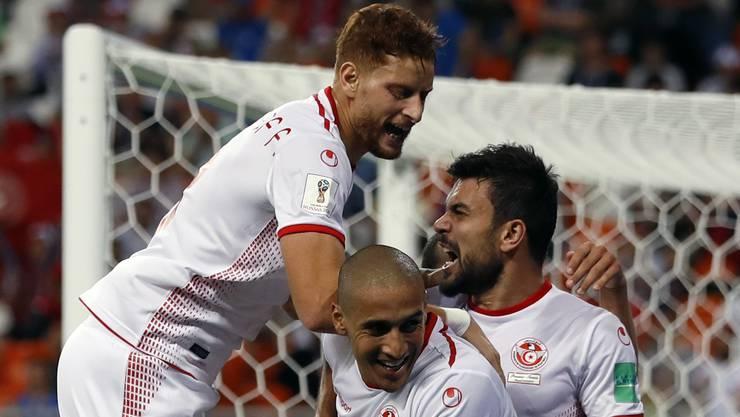Unbändige Freude bei den Tunesiern.