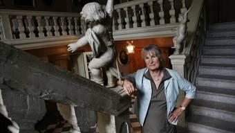 Marianne von Roll referiert über die Geschichte ihrer Familie.