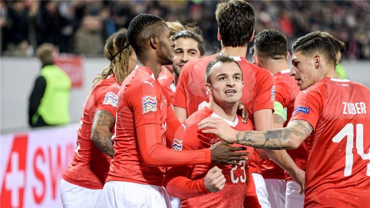 Jubel beim Spiel gegen Belgien: Die Schweizer Nationalmannschaft gewinnt gegen den WM-Halbfinalist 5:2.