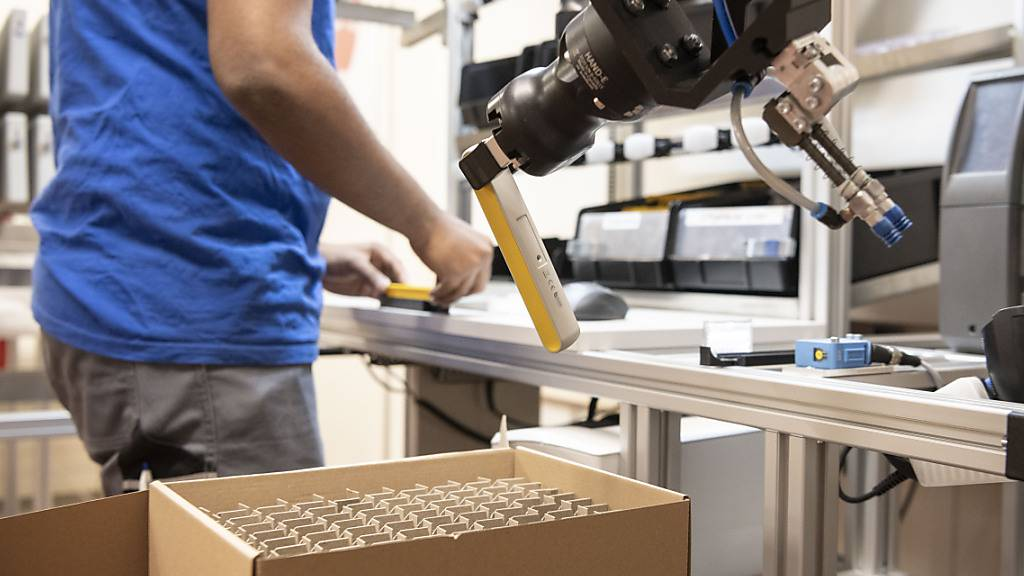 Stimmung in Schweizer Industrie verbessert sich weiter