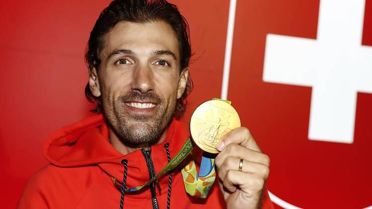 Fabian Cancellara mit seiner Goldmedaille, die er im olympischen Zeitfahren von Rio gewonnen hat