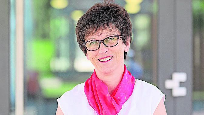 Irmgard Struchen, Urdorfer Schulpräsidentin