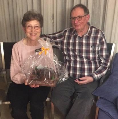 Die EVP dankt den Gastgebern Edith und Martin Studer