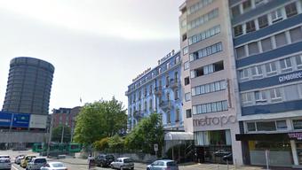 Im Hotel Metropol wurde der Nachtportier überfallen