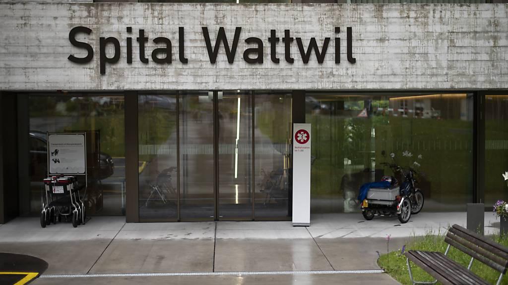 Als Ersatz für das Spital Wattwil ist ein neuartiges Gesundheits- und Notfallzentrum geplant. Ähnliche Einrichtungen soll es in Altstätten, Flawil und Rorschach geben. (Archivbild)