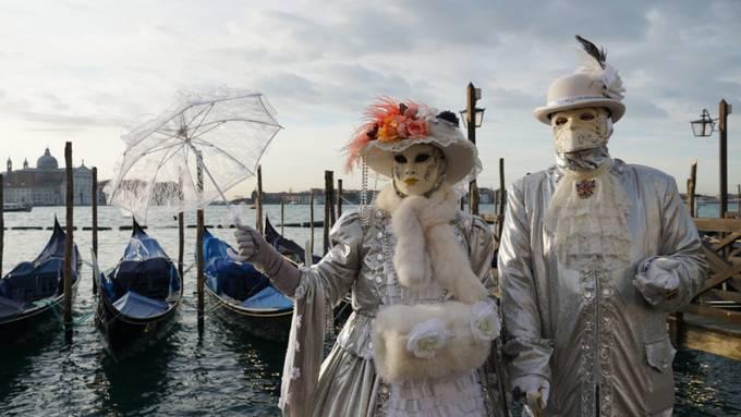 Der Karneval von Venedig ist aus Sorge vor der weiteren Ausbreitung des Coronavirus abgesagt woden. (Archivbild)