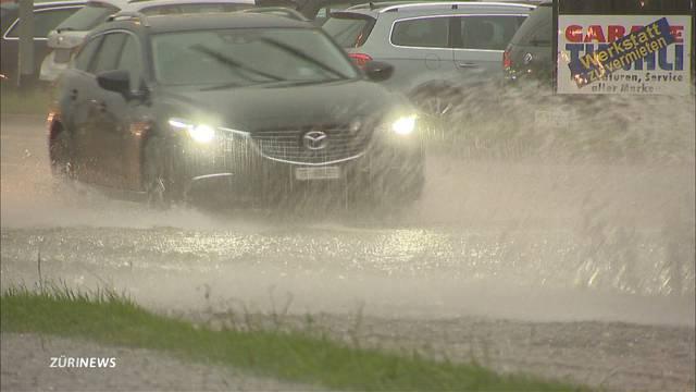Wie viel Regenwasser verträgt ein Auto?