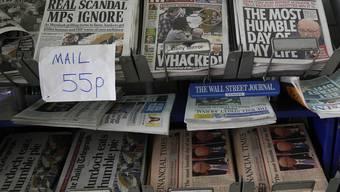 """Neben der """"News of the World"""" sind auch andere britische Zeitungen ins Visier der Polizei geraten (Symbolbild)"""