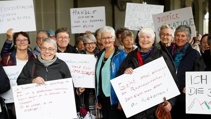 Der Verein Klimaseniorinnen will mit seiner Klage in Strassbourg erreichen, dass die Schweiz ihre Massnahmen zum Klimaschutz verstärkt.